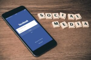 ابتزاز الصور و الفيس بوك